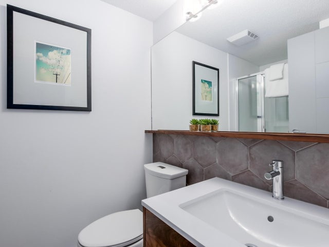 404 124 W 3RD STREET - Lower Lonsdale Apartment/Condo for sale, 2 Bedrooms (R2084084) #12