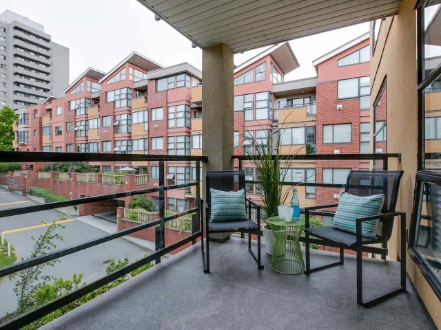 404 124 W 3RD STREET - Lower Lonsdale Apartment/Condo for sale, 2 Bedrooms (R2084084) #16