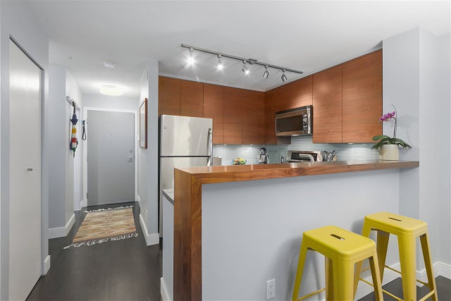 204 124 W 3RD STREET - Lower Lonsdale Apartment/Condo for sale, 2 Bedrooms (R2362493) #12