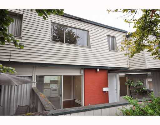 719 WESTVIEW CR - Upper Lonsdale Townhouse for sale, 3 Bedrooms (V781457) #8