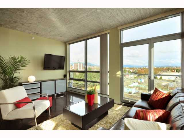 # 705 919 STATION ST - Mount Pleasant VE Apartment/Condo for sale, 2 Bedrooms (V815221) #1