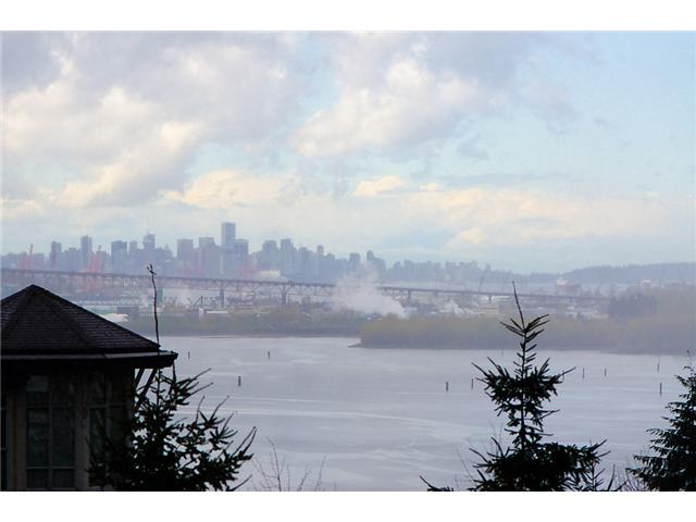 # 513 3608 DEERCREST DR - Roche Point Apartment/Condo for sale, 2 Bedrooms (V884039) #1
