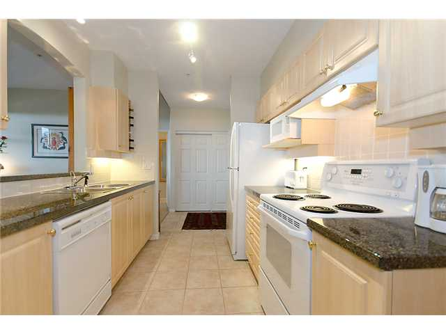 # 513 3608 DEERCREST DR - Roche Point Apartment/Condo for sale, 2 Bedrooms (V884039) #5