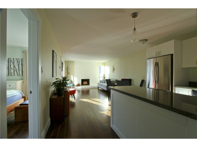 # 405 1234 PENDRELL ST - West End VW Apartment/Condo for sale, 1 Bedroom (V967834) #1